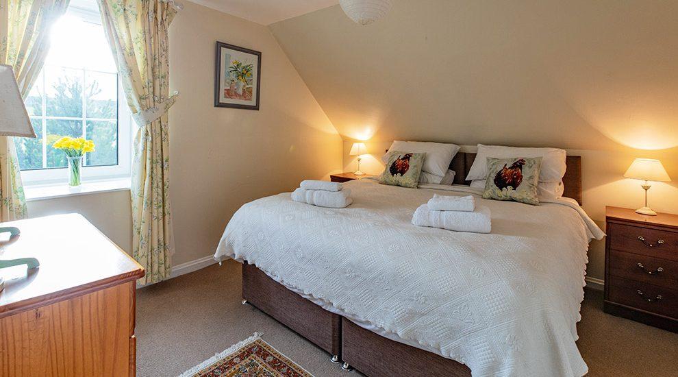 Bowismiln Cottage Double Bedroom
