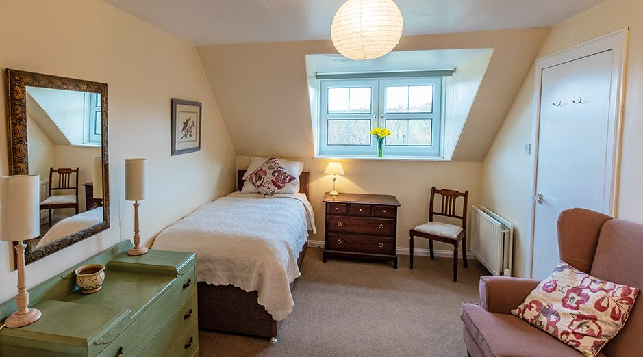 Bowismiln Cottage Twin Bedroom